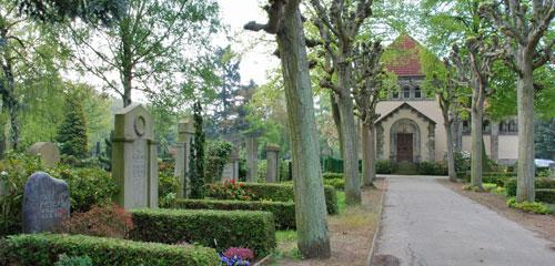 Michaelis-Friedhof Ricklingen (© Friedrich Cordes Bestattungen)