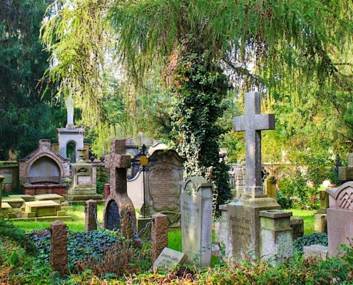 Alter Stadtfriedhof als grüne Oase